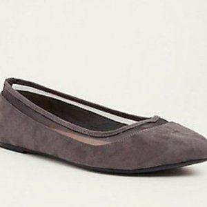 Torrid Size 8 Gray Almond Toe Flats